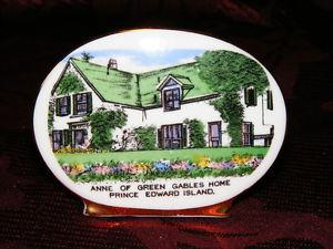 Vintage Bone China Anne of Green Gables Plate - Royal