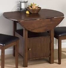 Wanted: Looking for a drop leaf table!