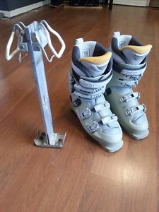 Women's Size 7.5 Downhill Ski Boots $20 obo