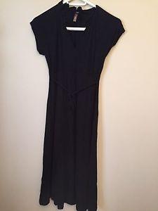 Black jersey maternity dress