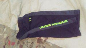 Boys size 4 under armour suit