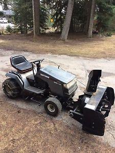 Craftsman lawn tractor c/w snowblower attachment
