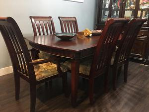 Dark-wood EXTENDABLE Dining Table Set