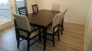 Dining room tables and 6 chairs
