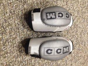 Elbow pads - CCM youth size large