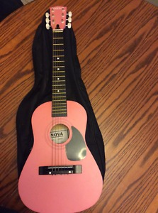 Girl pink 30' Nova guitar with case 25$