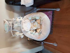 Ingenuity Giraffe theme Baby Swing only used 2x - $160