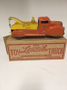 Lincoln Pressed steel toy tow truck