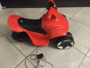 Little tikes ride on 6V power cycle *MINT CONDITION*