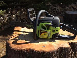 Poulan 33cc 14 inch chainsaw