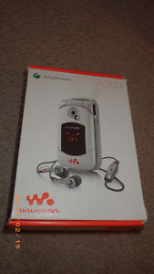 Sony Ericsson W300i Walkman