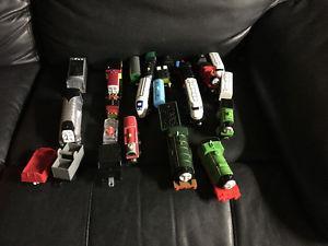 Thomas trains, tracks, tunnels, bridges and play table