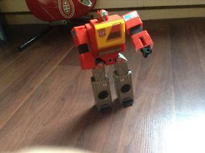 Transformers g1 blaster