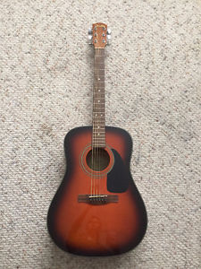 Yamaha Acoustic Guitar and Soft Shell Case