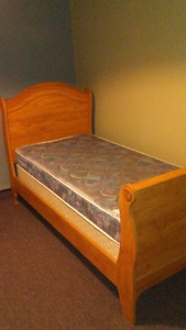 twin slade bed with box spring and mattress