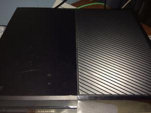 500GB Xbox One with Dawn Shadow controller