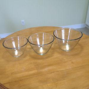 Anchor Hocking Mixing / Nesting Bowls 2L, 3L,4L