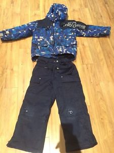Boys size 6 snow suit