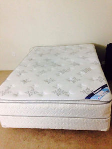 Double mattress with box and free covers