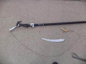 Extendable Pole Pruner c/w Razer Saw $45 - Salmon Arm