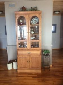 Oak Dining Room Set/Oak China Cabinet