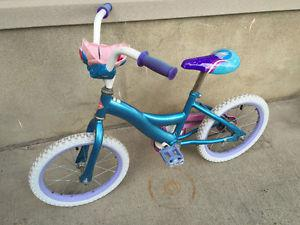 Starter bike with training wheels