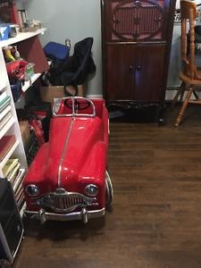 Thistle pedal car