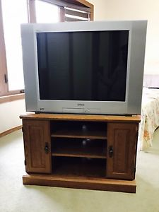 """Wanted: Sony TV 32"""""""