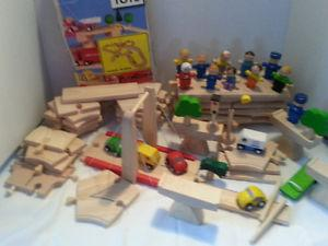plan toys plan city road system deluxe wooden track set