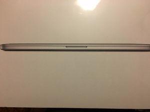 "Apple MacPro 15"" Quad-Core Intel Core i7 -Brand new"