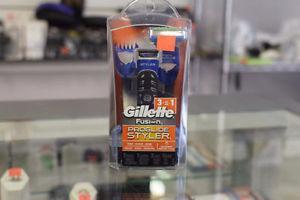 .Gillette Fusion New in Box 3 in 1- ProGlide Shaver*