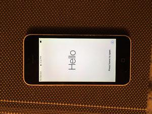 IPhone 5c 8gb White, less than 2yr old, very good condition!