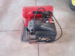 King 4 gallon air compressor.