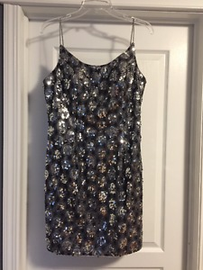 Tony Bowls Short Sequence Silver Dress Size 12