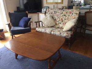 Vilas Furniture Set