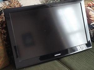 "32"" Samsung flat screen"