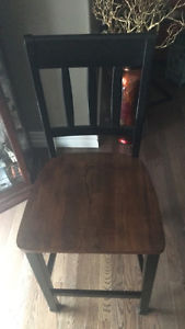 4 pub style chairs