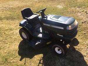 """Craftsmen lawn tractor 19 hp 42"""" cut, 6 speed. $600"""
