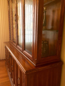 Dining Room cabinet (part of set with table/chair and