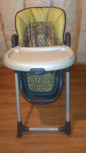 GRACO - High chair for baby, used but good shape