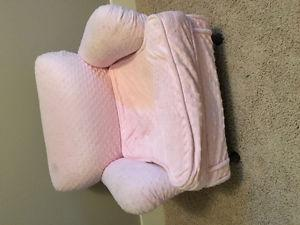 Girls Pink arm chair
