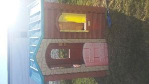 Play house in great condition.  obo