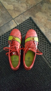 Size 7.5 Adidas Cleated Soccer Shoes for sale