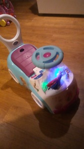 Toddler ride on toy frozen