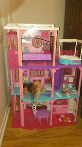 Barbie House, Camper and accessories