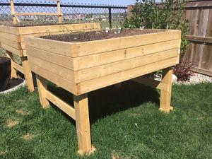 Custom Planters and Flowerbeds **Just In Time for SPRING**