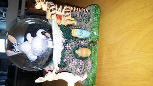 Disney Winnie the Pooh Snow Globe