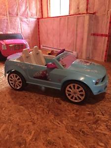 Frozen Mustang battery operated kids car