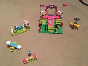 Lego Friends Dog show set