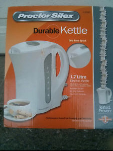 NEVER USED- Proctor Silex Durable Electric Kettle